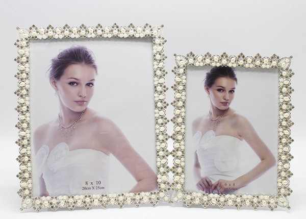 Fennco Styles Crystal and Pearl Elegant Decorative Metal Picture Frame