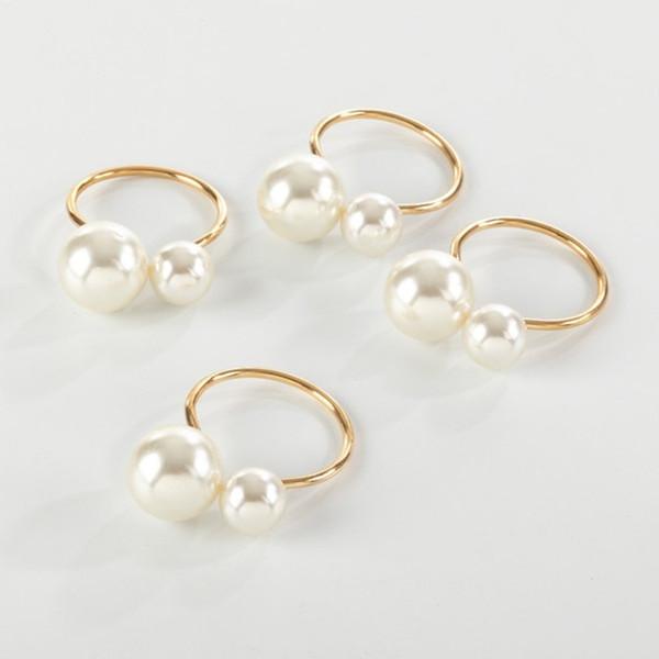 Fennco Styles  Elegant Faux Pearl Napkin Ring - Set of 4 (Gold/Silver)