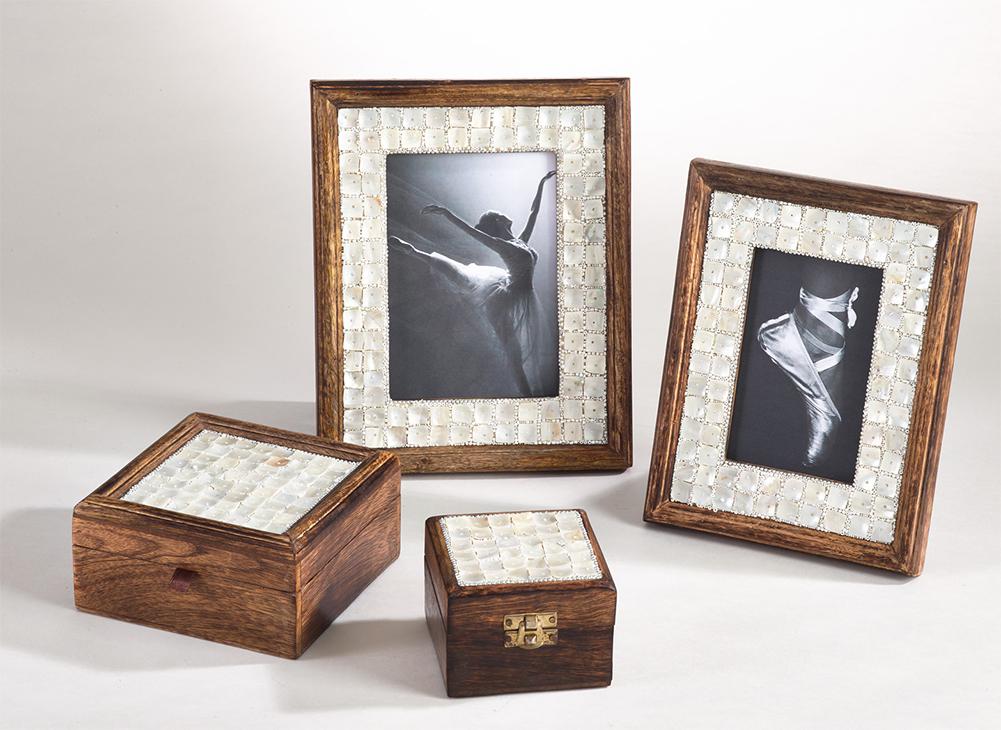 fenncostyles.com Distressed Wooden Photo Frame Fennco Styles 4x6