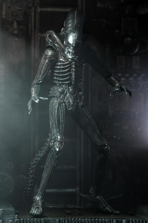 "NECA Alien - 7"" Scale Action Figure - Ultimate 40th Anniversary Big Chap"