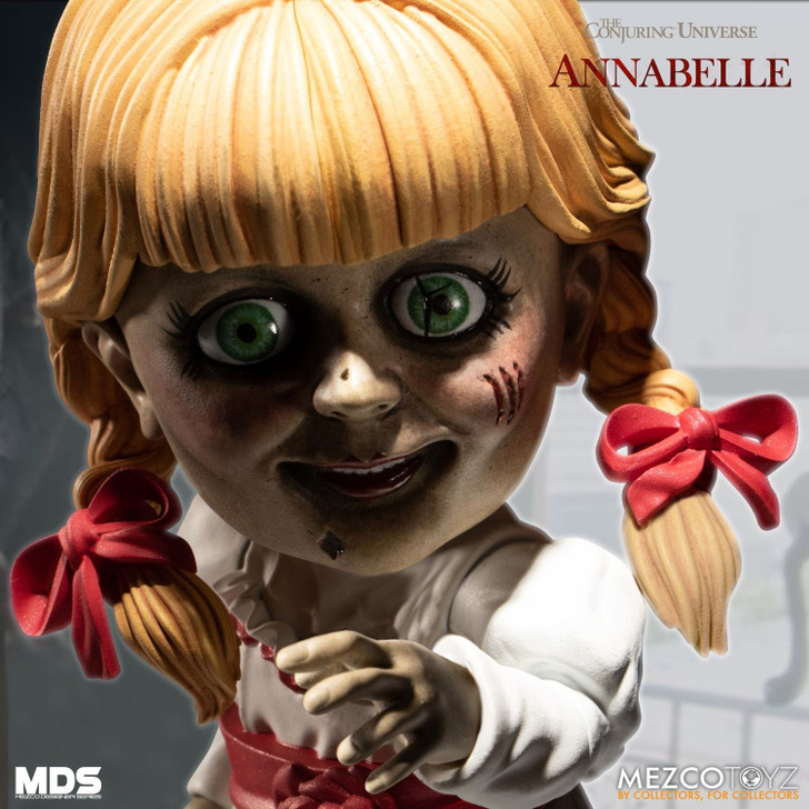 Mezco MDS Annabelle