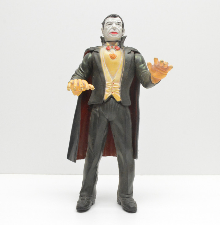 Imperial Toys Universal Monsters Dracula action figure