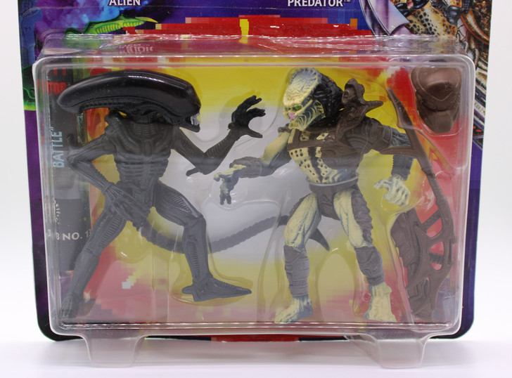 Kenner Alien Vs. Predator Action Figure Set