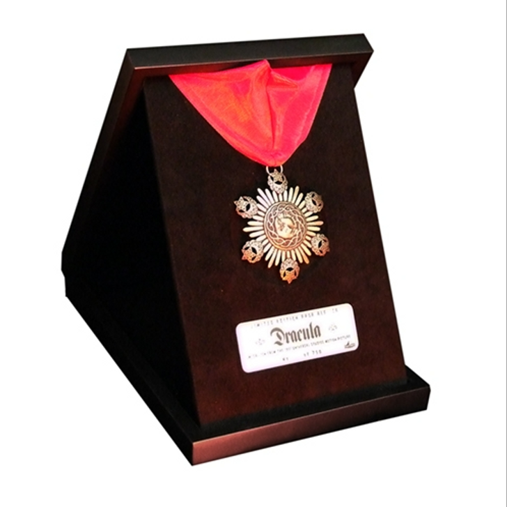 Factory Entertainment Universal Monsters - The Medallion of Dracula Limited Edition Prop Replica