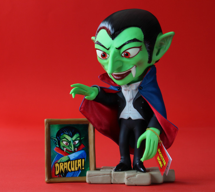 Amigo Toyz Dracula Monster Home Vinyl Figure GREEN SKIN
