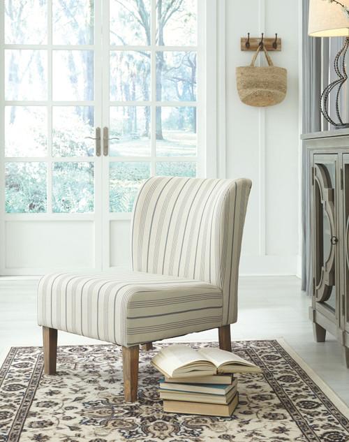 Triptis Cream/Blue Accent Chair