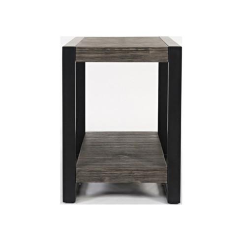 PINNACLE PLATINUM CHAIRSIDE TABLE