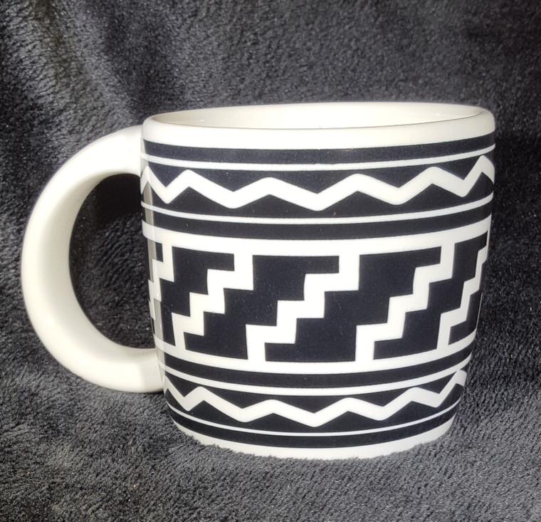 Pueblo Mesa Design