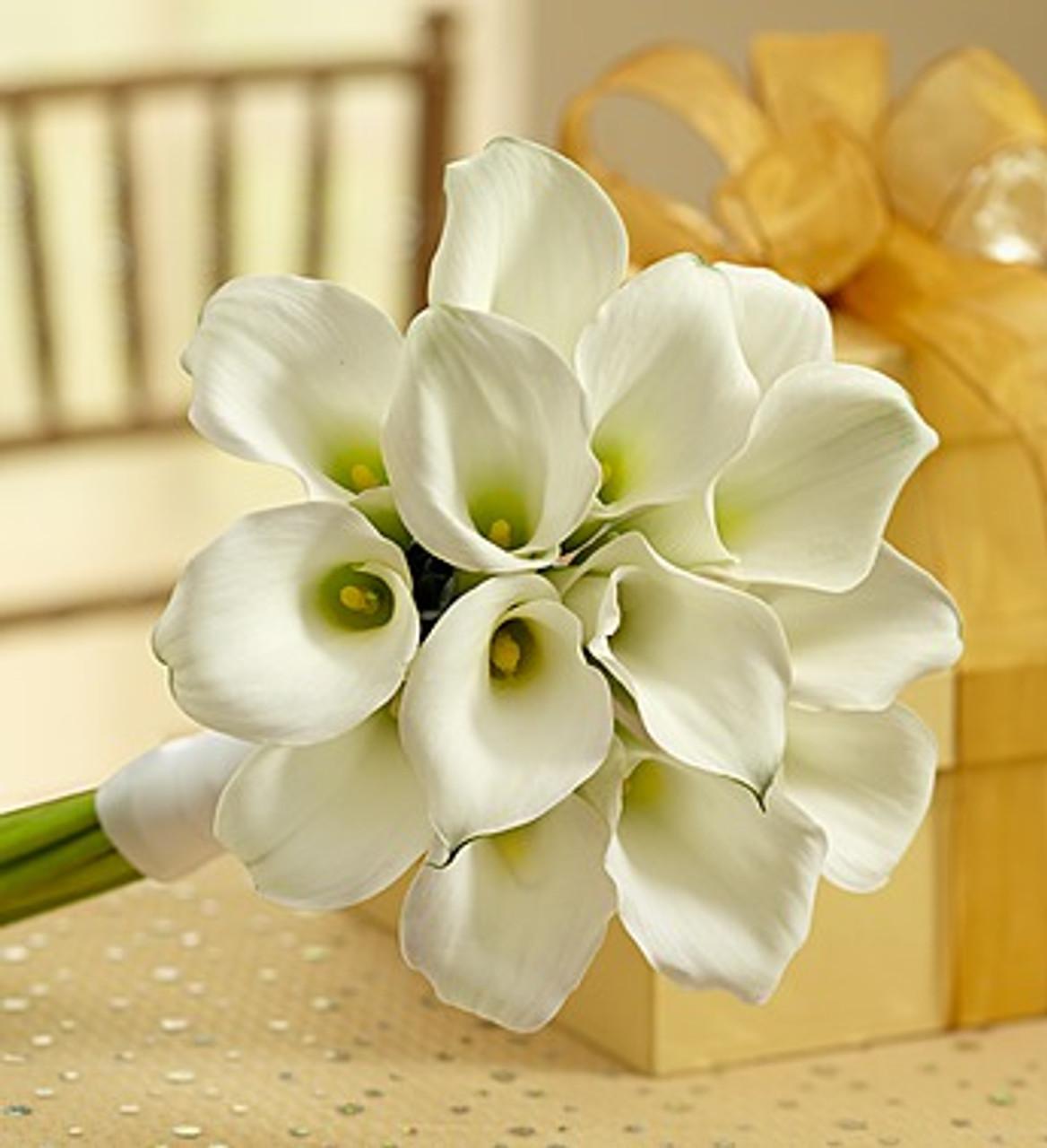 White Mini Calla Lily Bouquet Nancy S Floral