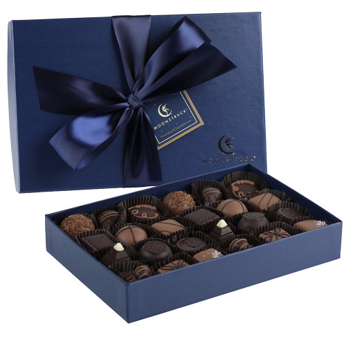 Moonstruck Classic Truffle Collection 24 Pc.
