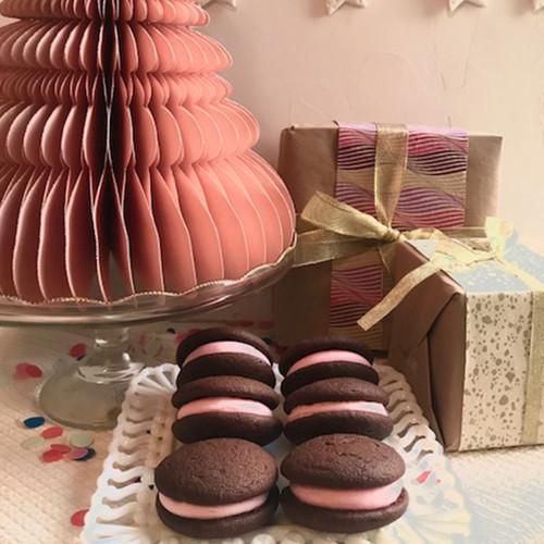 Chocolate Strawberry Whoopie Pie Gift Box