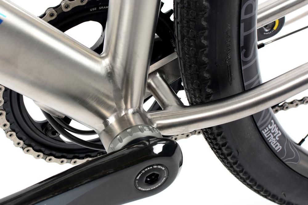 2020 GR RACE Gravel Bike