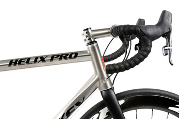 Helix Pro Disc Road Bike