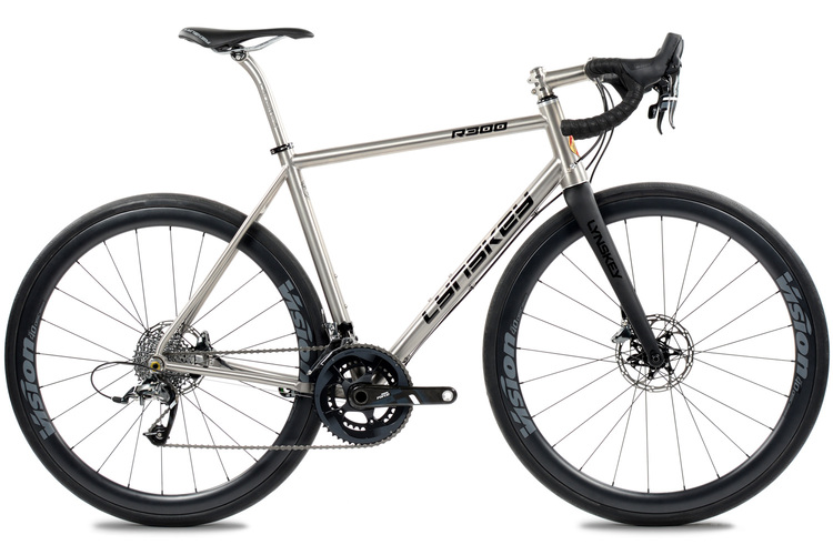 R300 Disc Road Bike