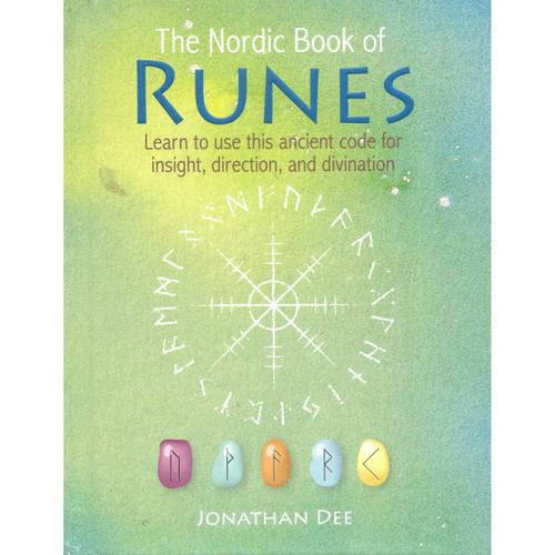 The Nordic Book of Runes - Jonathan Dee