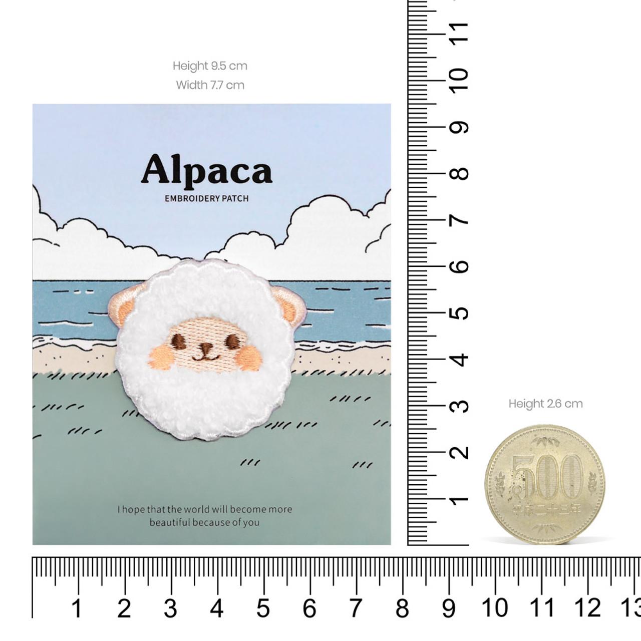 Kawaii White Round Alpaca Animal Iron On Patch ( Proportion )