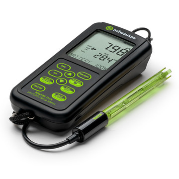 Milwaukee MW105 MAX Waterproof pH/ORP/Temp Portable Meter