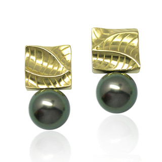 Sand Dune Small Square Pearl Earrings, Yellow Gold, Fine Art Jewelry by Keiko Mita