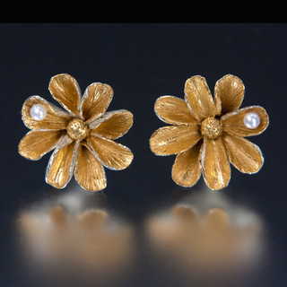 Carol Salisbury's One-of-a-Kind Daisy Earrings with Pearls   Handmade Designer Jewelry