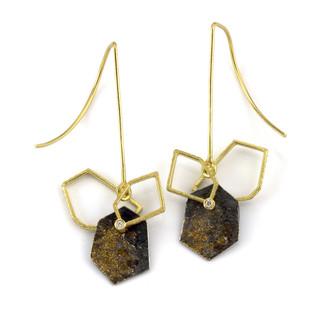 Geometric frame dangle earrings by Liaung-Chung Yen | 18  |Karat yellow gold | Handmade contemporary jewelry
