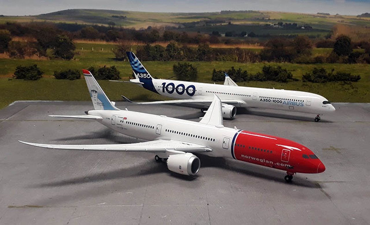 Herpa Wings Airbus Airbus A350-1000 - F-WMIL Scale 1/200 559171