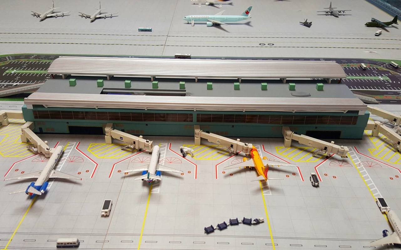 Transportation Collectables Airports Gemini Jets Wide-Body Airport