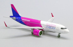 JC Wings Wizz Air Airbus A320neo HA-LJA with antenna Scale 1/400 JCLH4185