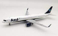 Inflight 200 Azul-Linhas Aéreas Brasileiras Airbus A321-251NX PR-YJC with stand Scale 1/200 IF321AS0720