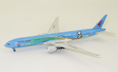 Aviation 400 China Eastern Airlines China International Import Expo CIIE B-2002 Boeing 777-300 Scale 1/400 AV4087