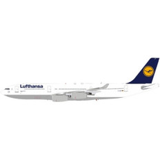 J Fox Lufthansa Lubeck Airbus A340-211 D-AIB with stand Scale 1/200 JFA3302003