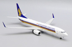 JC Wings Singapore Airlines Boeing 737-8009V-MGA With Stand Scale 1/200 EW2738015