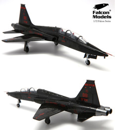 Falcon models T-38A Talon Agressor 9th RW / 1st RS, Beale AFB, USAF 2011 Scale 1/72 FM721104