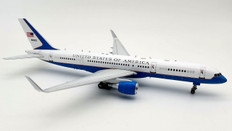 Inflight 200 USAF United States Air Force Boeing 757-200 C-32A 98-0003 with stand Scale 1/200 IFC32USA01