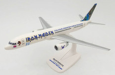Herpa Wings Iron Maiden Ed Force One The Final Frontier World Tour 2011 Boeing 757-200 G-STRX Scale 1/500 613262