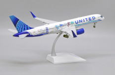 JC Wings United Airlines Her Art Here - California Livery Boeing 757-200  N14106 with stand Scale 1/200 JCLH2268