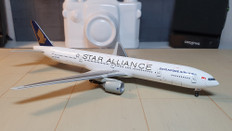 Dragon Wings Singapore Star Alliance Boeing 777-300 9V-SYE Scale 1/400  55479-03