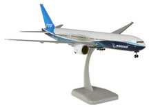 Hogan Wings Boeing New Livery 2019 Boeing 777-300ER Snap fit with stand and gear Scale 1/200 HG11472