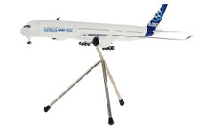 Hogan Wings AIrbus Industrie Airbus A350-1000 Snap fit with Tripod stand and gear Scale 1/200 HG4982GRSJJ