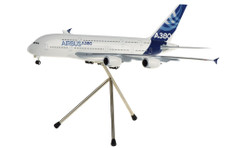 Hogan Wings Airbus Industrie Airbus A380 Snap fit with Tripod stand and gear Scale 1/200 HG3114GRSJJ