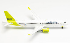 Herpa Wings airBaltic Airbus A220-300 New livery 100th A220 YL-AAU 1/200 571487