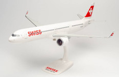 Herpa Snap-fit Swiss International Air Lines Stoos A321neo HB-JPA Scale 1/100 613347