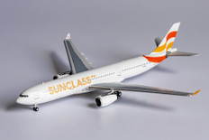 NG Models Sunclass Airlines Airbus A330-300 OY-VKI Scale 1/400 62025