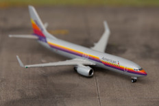 Herpa Wings American Airlines / Air Cal livery Boeing 737-800 Scale 1/500 529631