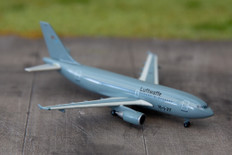 Herpa Wings Luftwaffe (flight readiness) Airbus A310 MRTT Scale 1/500 517782