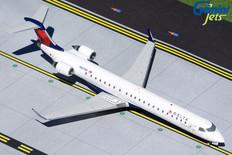 Gemini 200 Delta Bombardier CRJ-900LR N831SK Scale 1/200 G2DAL970