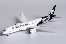 NG Models Air New Zealand Boeing 787-9 Dreamliner ZK-NZC Scale 1/400 55071