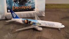 Lord of the rings Air New Zealand Boeing 767-300ER Scale 1/400