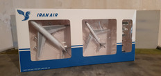 Twinpack 1 Iran Air B747-100 & 707 EP-IAG & EP-IRJ with ground services Scale 1/400