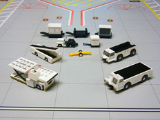 Gemini 200 Airport Service Vehicles Scale 1/200 G2APS451