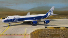 Gemini Jets Air Bridge Boeing 747-8F Scale 1/400 GJABW1554